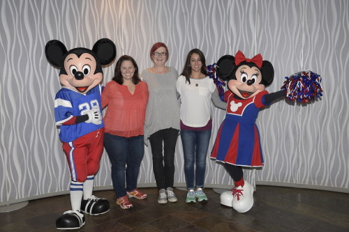Mickey Mouse and Minnie Mouse at Cigna Blogger Meet-Up