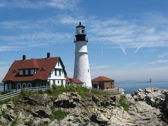 lighthouses maine
