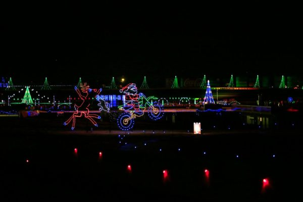 Speedway Christmas Lights.Don T Miss Charlotte Motor Speedway S Christmas Lights