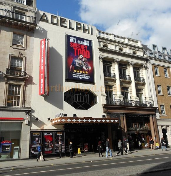 londons haunted theaters