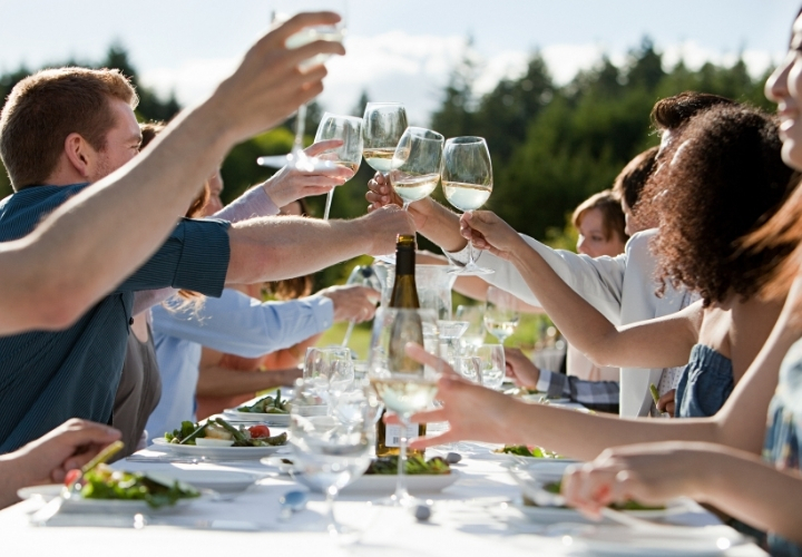 inexpensive outdoor party